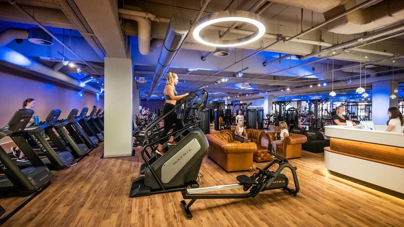 Bild vom Cardio-Bereich im Fitnessstudio Sports CLub Bergedorf