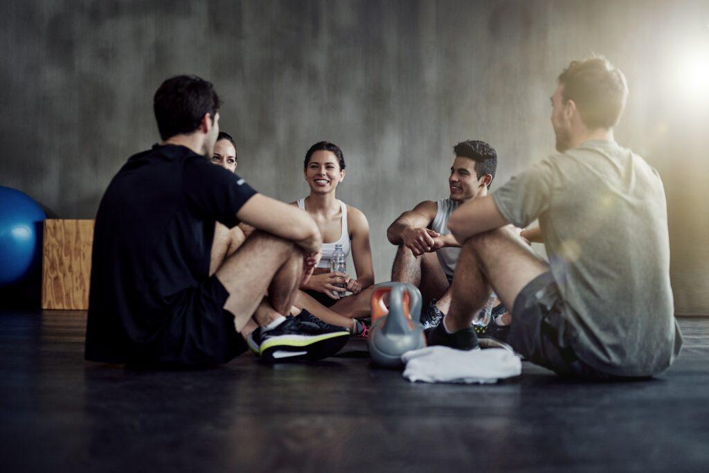 Bild: Menschen beim Training
